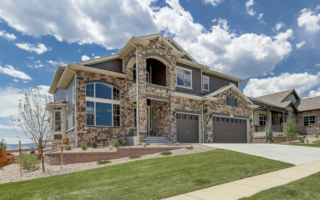 ACTIVE – Luxury 2 Story Home in Leyden Rock